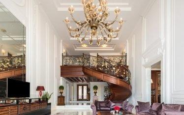 interior photography of a luxury villa in dubai